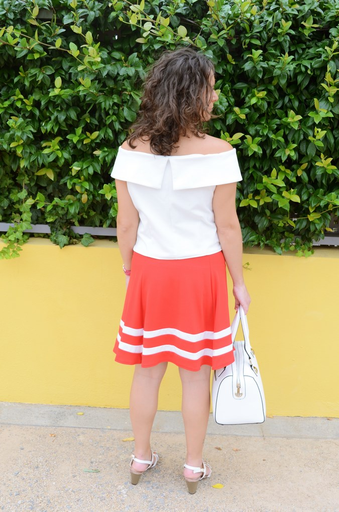 Red and white (8)