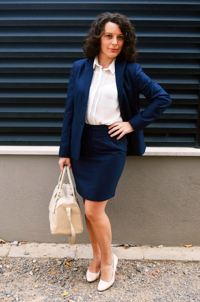 Authentic working girl (10)