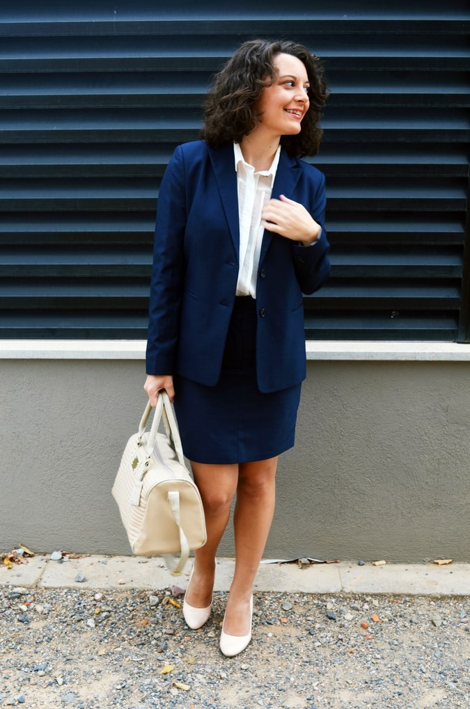 Authentic working girl (7)