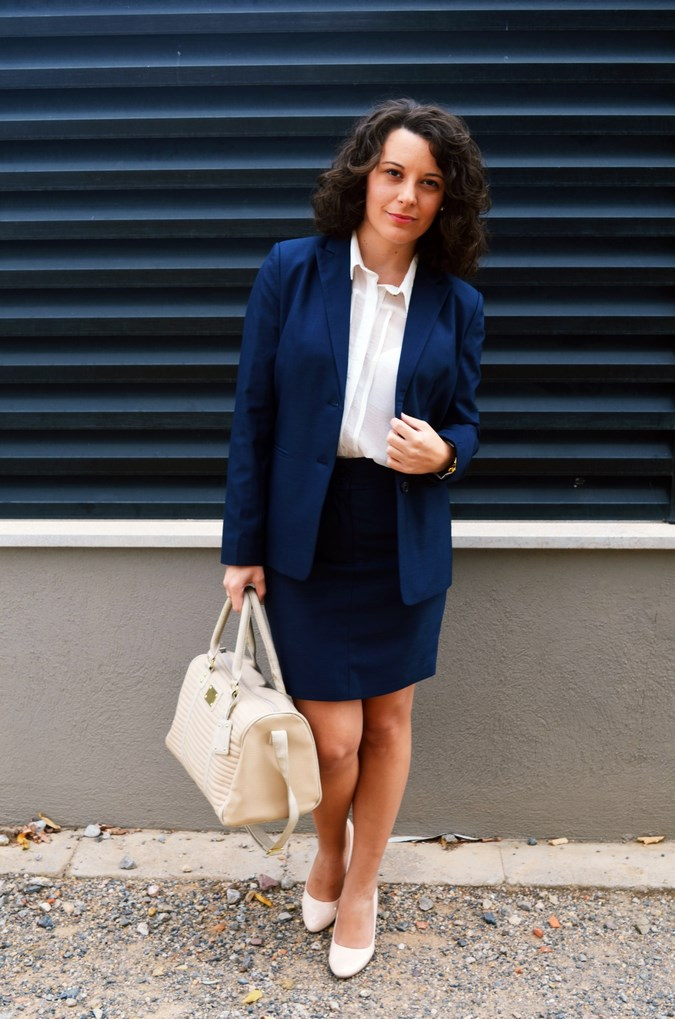 Authentic working girl (8)