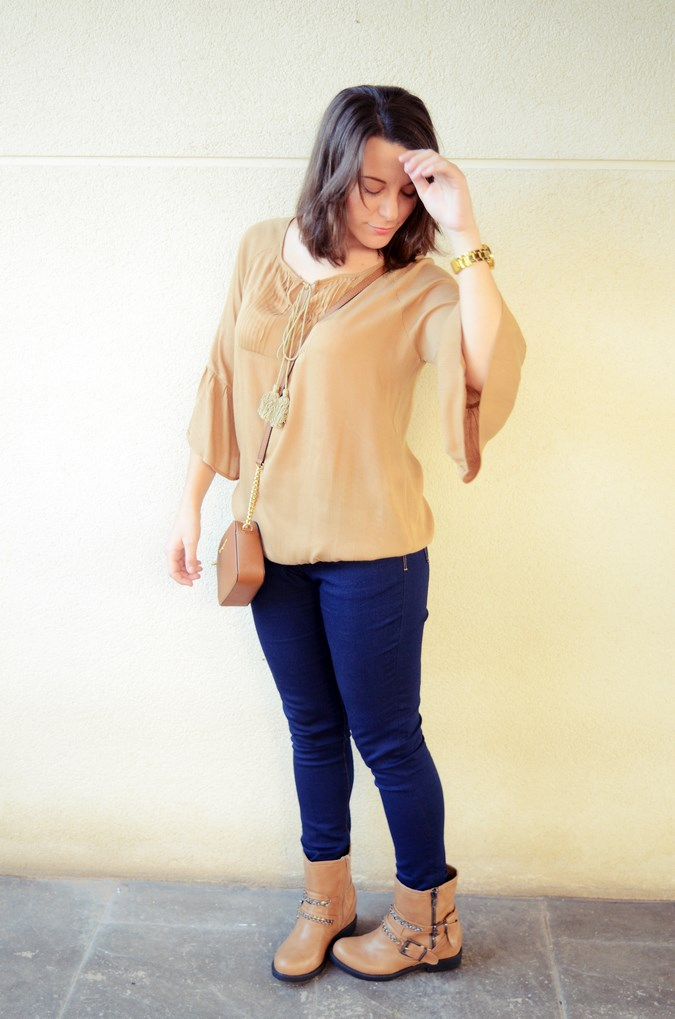 Flared sleeves (4)