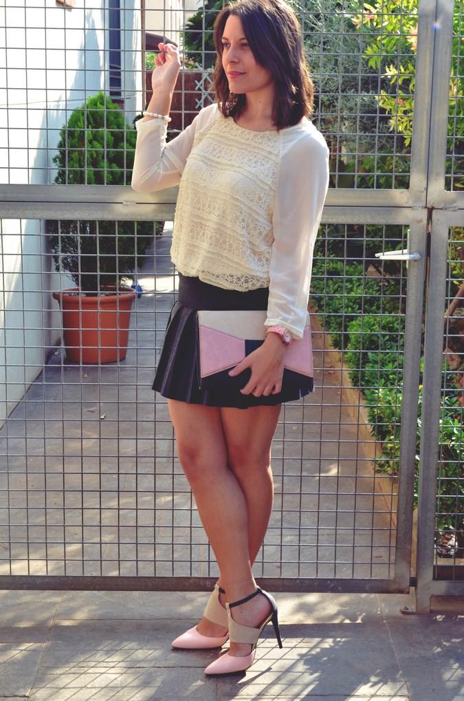 Pleated skirt (16)