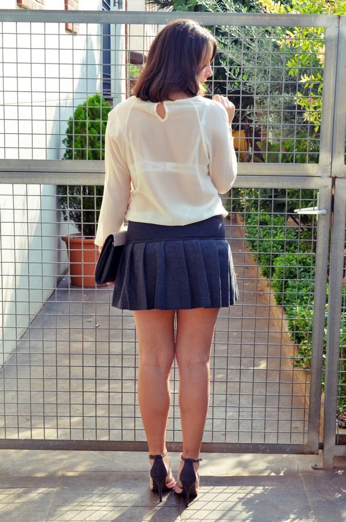 Pleated skirt (17)