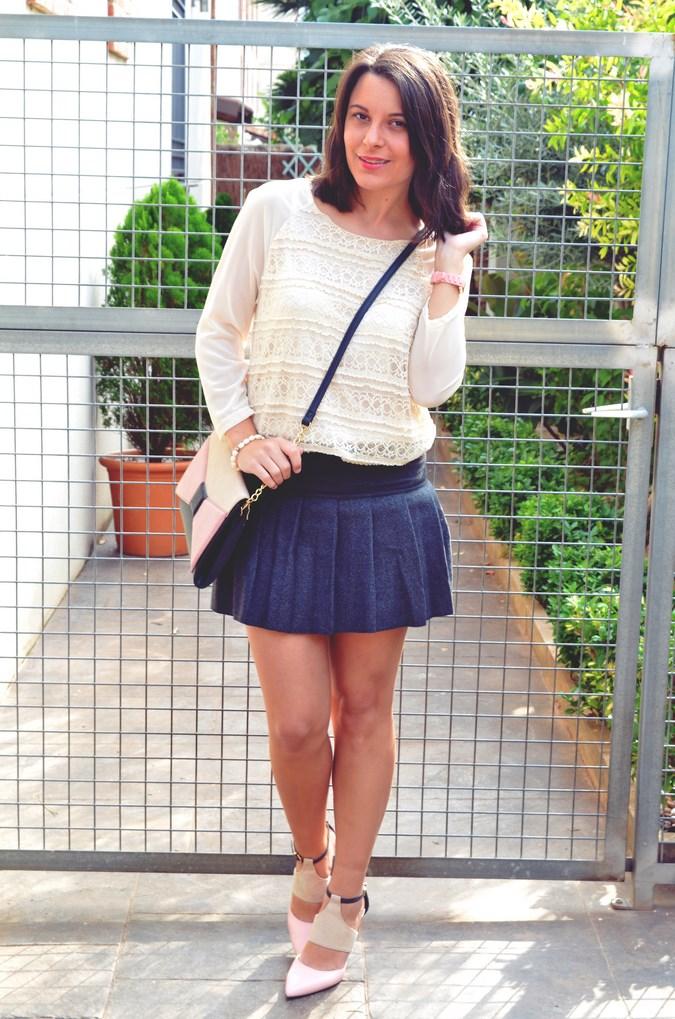 Pleated skirt (2)