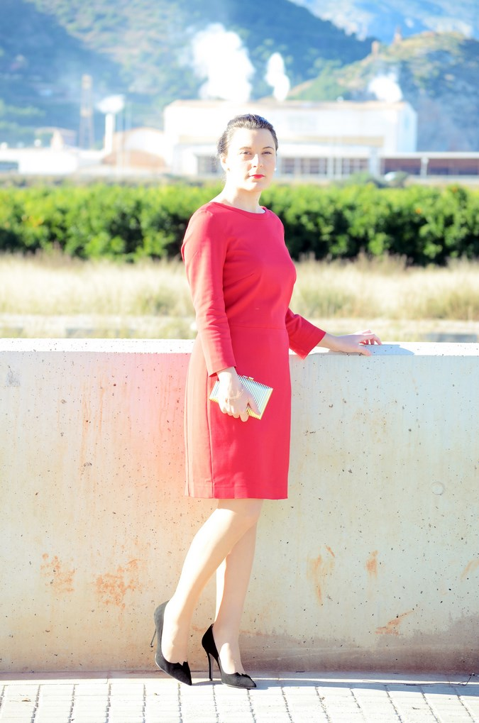 Lady in red & Magrid Bloggers Made In Spain 2016 _ Look_ Zapatos Magrit_mivestidoazul (1)
