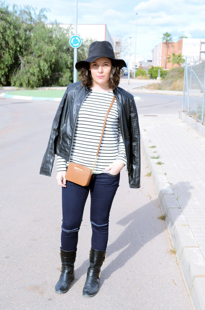 Leather and stripes_look_mivestsidoazul (12)