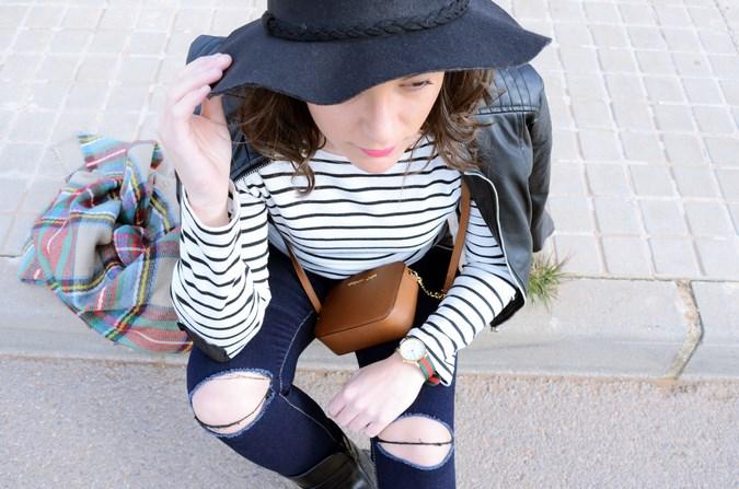 Leather and stripes_look_mivestsidoazul (17)