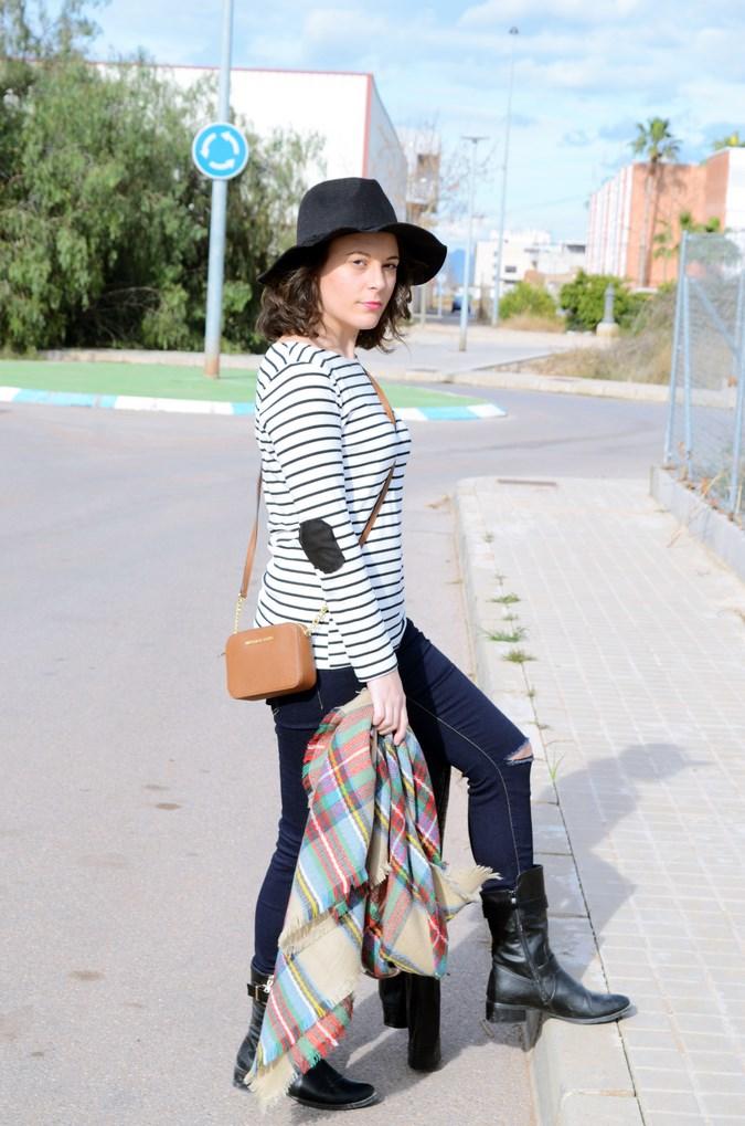 Leather and stripes_look_mivestsidoazul (7)