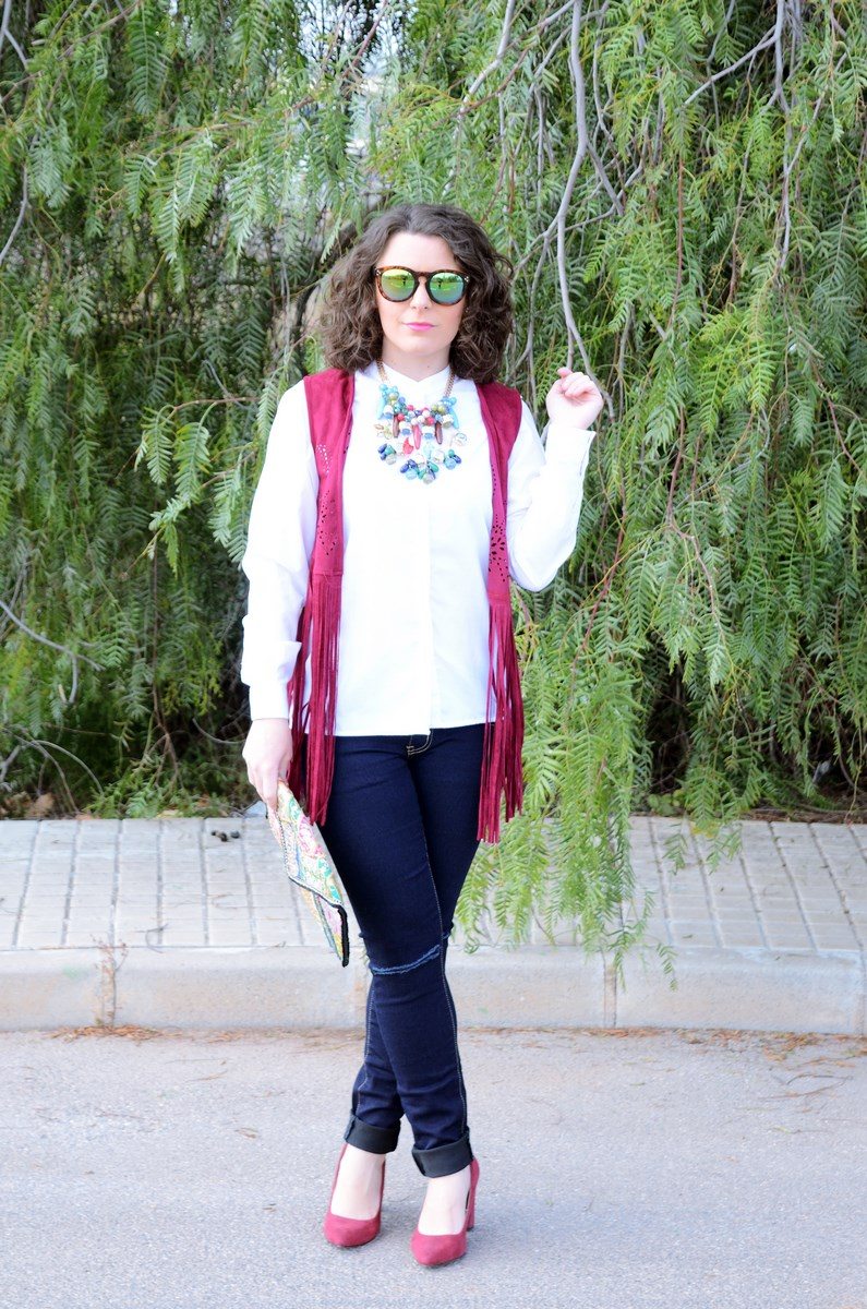 Chaleco burdeos con flecos_outfit_mivestidoazul (1)