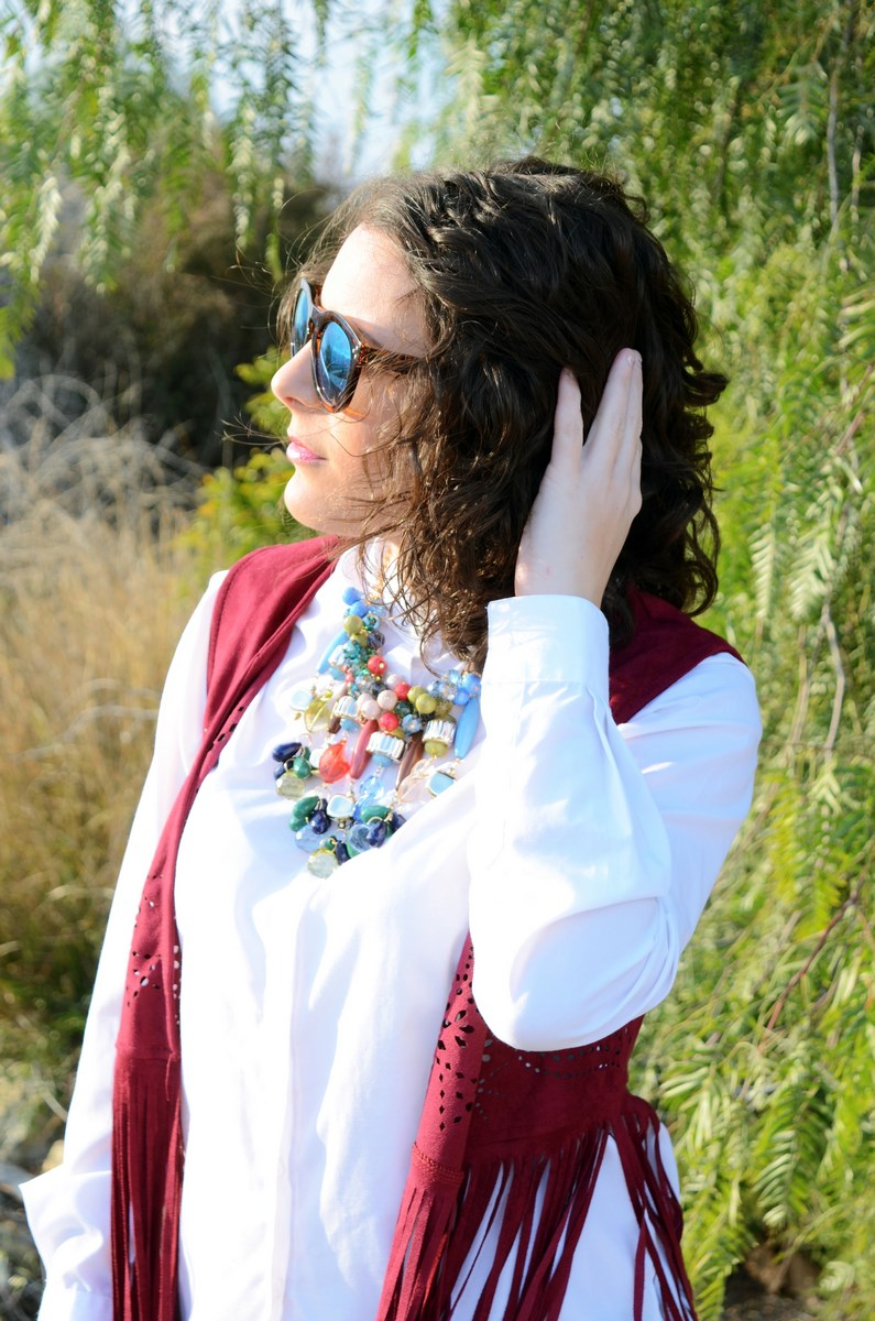 Chaleco burdeos con flecos_outfit_mivestidoazul (11)