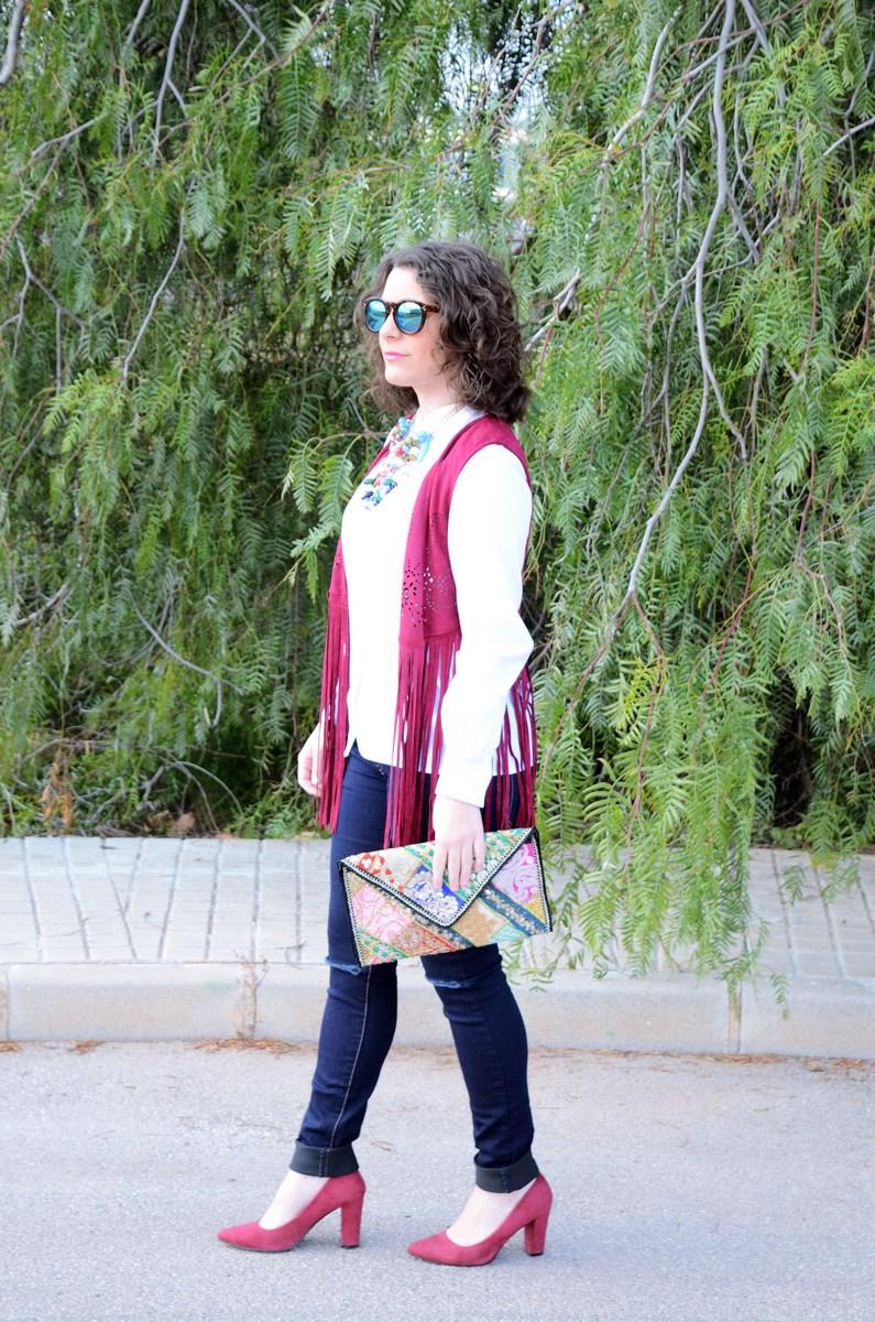 Chaleco burdeos con flecos_outfit_mivestidoazul (3)