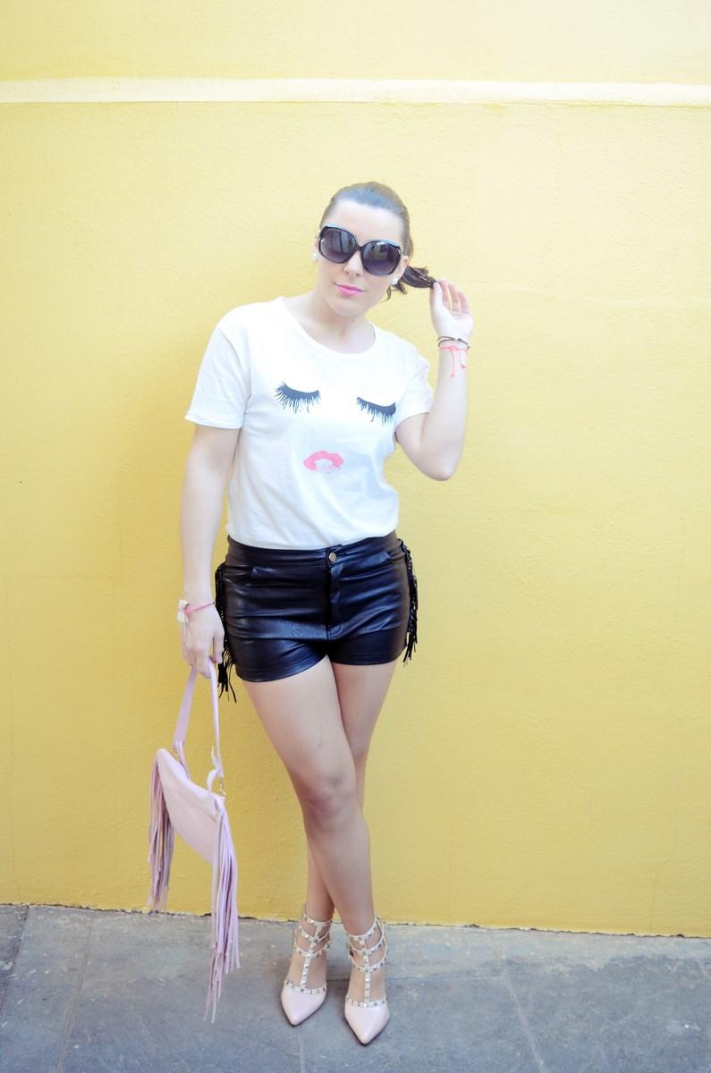 Camiseta de pestañas y labios_Outfits_mivestidoazul (3)
