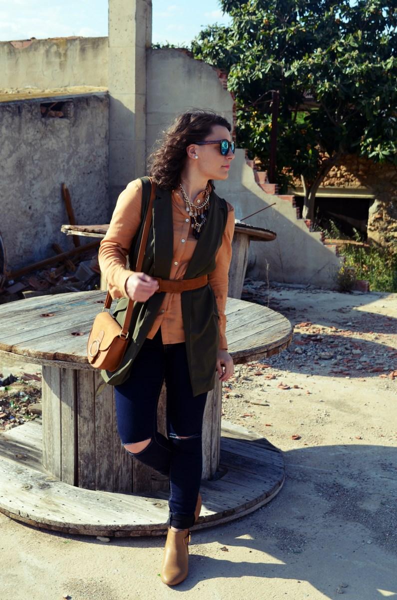 Como llevar un chaleco caqui_Outfits_mivestidoazul (2)