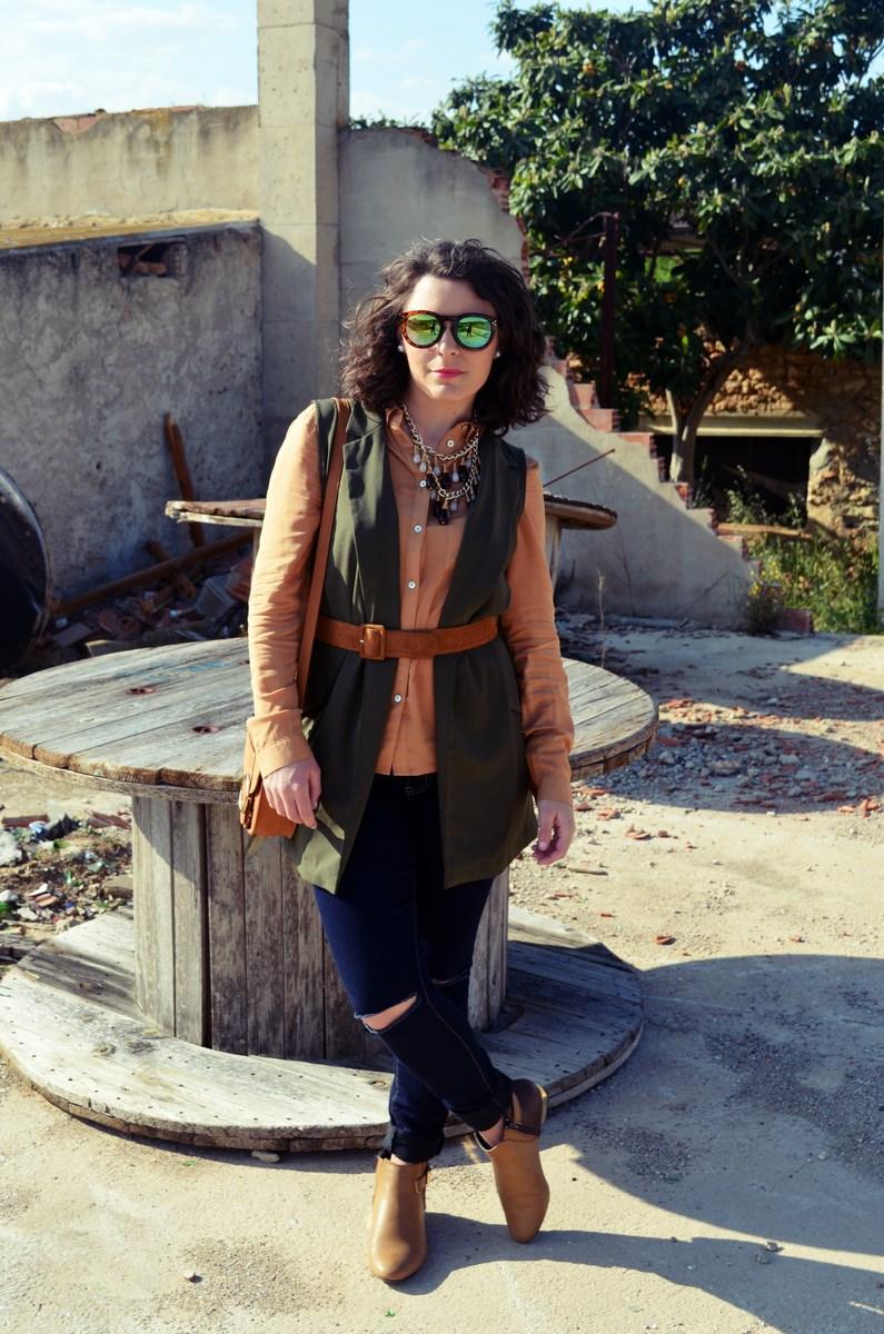Como llevar un chaleco caqui_Outfits_mivestidoazul (6)