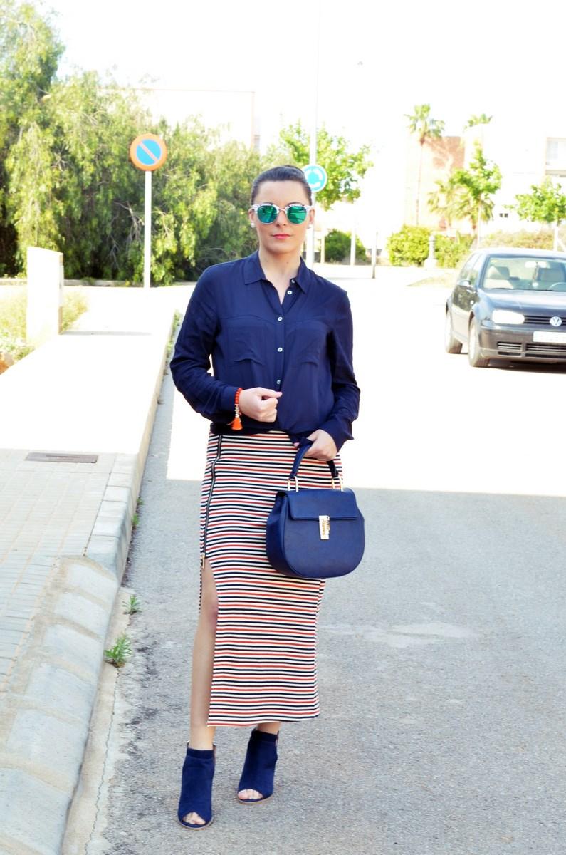 Maxifalda_rayas_y_azul_marino_Outfits_mivestidoazul (10)