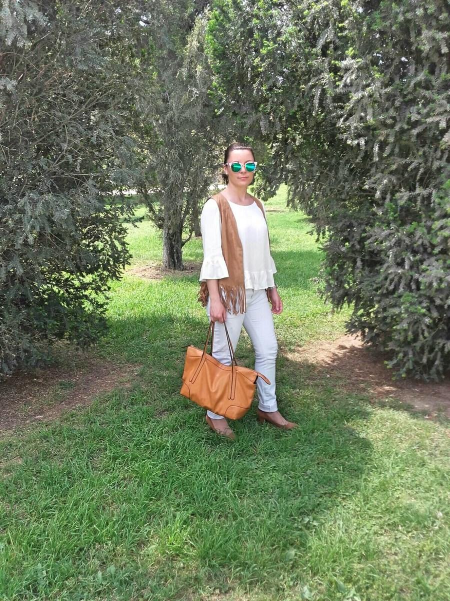 Outfit_blanco_y_camel_fashionblogger_mivestidoazul (10)