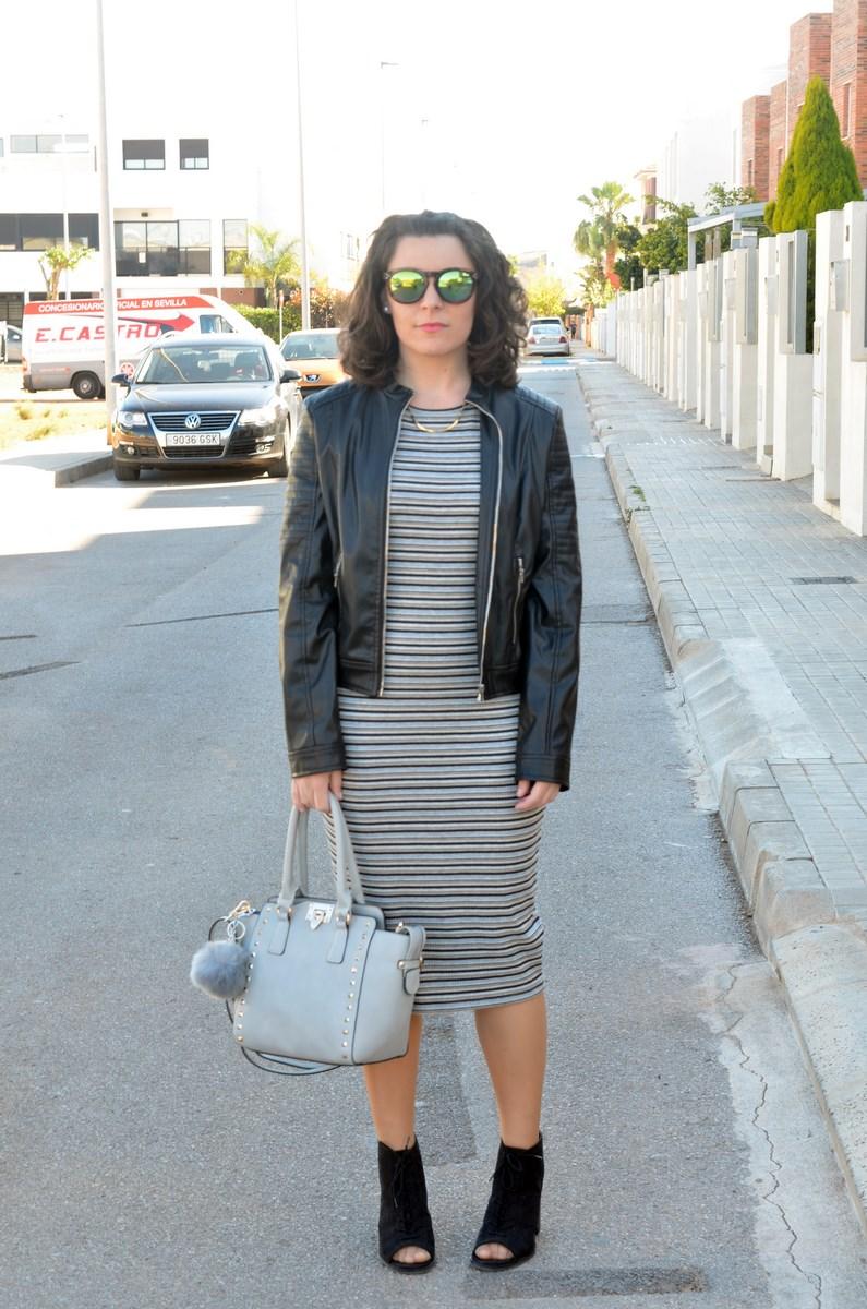 Vestido midi de rayas_outfits_mivestidoazul (1)