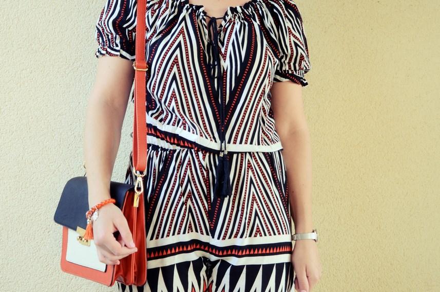 Mono corto_naranja, blanco y negro _outfit_mivestidoazul (1)
