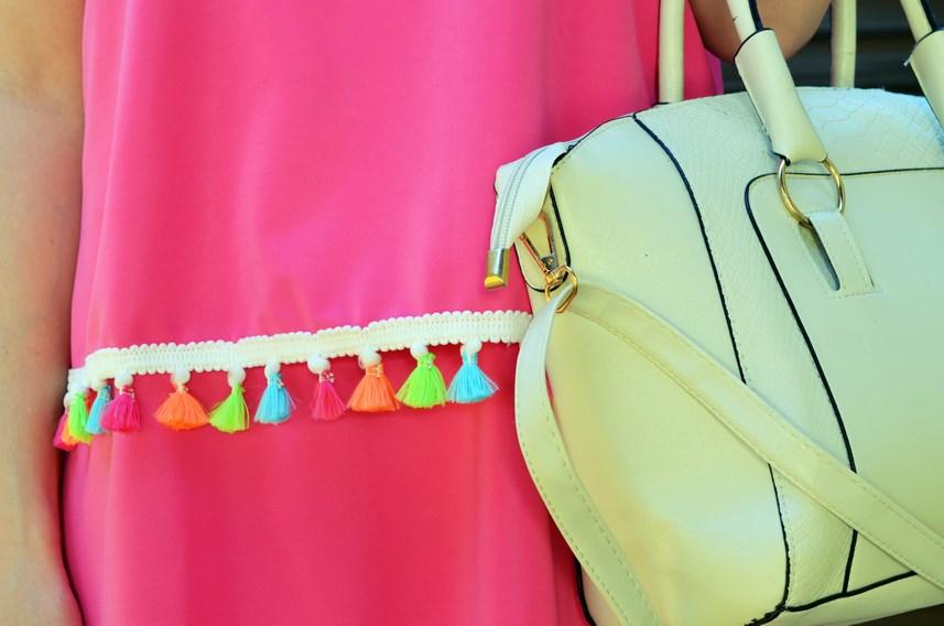 Vestido fucsia con borlas de colores_Outfit_Mivestidoazul (9)