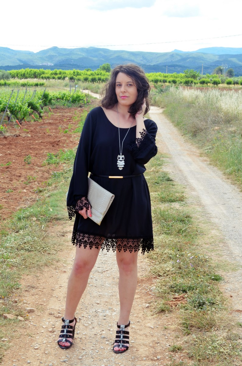 Vestido negro con crochet_outfit_look_mivestidoazul (3)