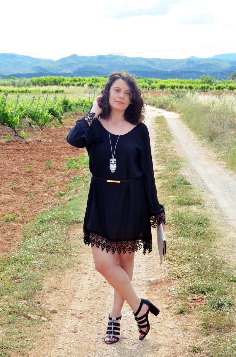 Vestido negro con crochet_outfit_look_mivestidoazul (5)