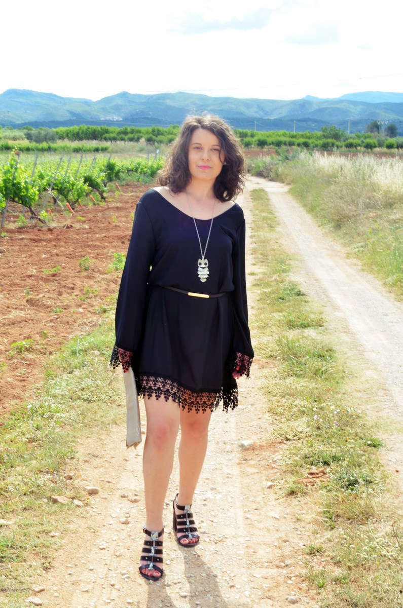 Vestido negro con crochet_outfit_look_mivestidoazul (6)