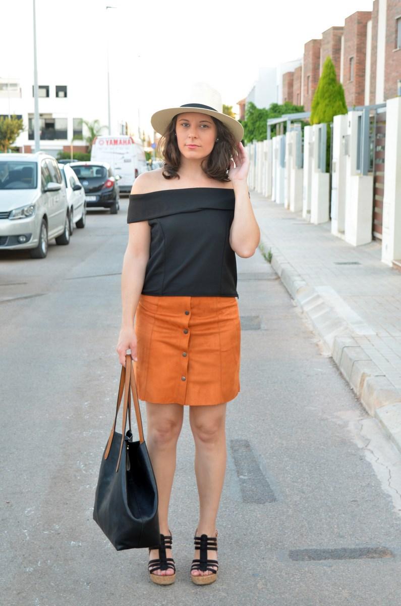 Falda abotonada y top escote bardot_look_mivestidoazul (1)