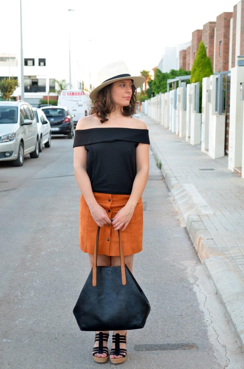 Falda abotonada y top escote bardot_look_mivestidoazul (10)