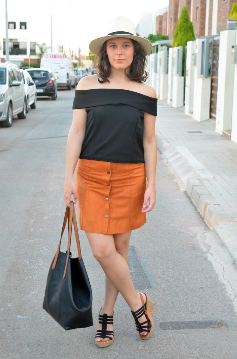 Falda abotonada y top escote bardot_look_mivestidoazul (2)