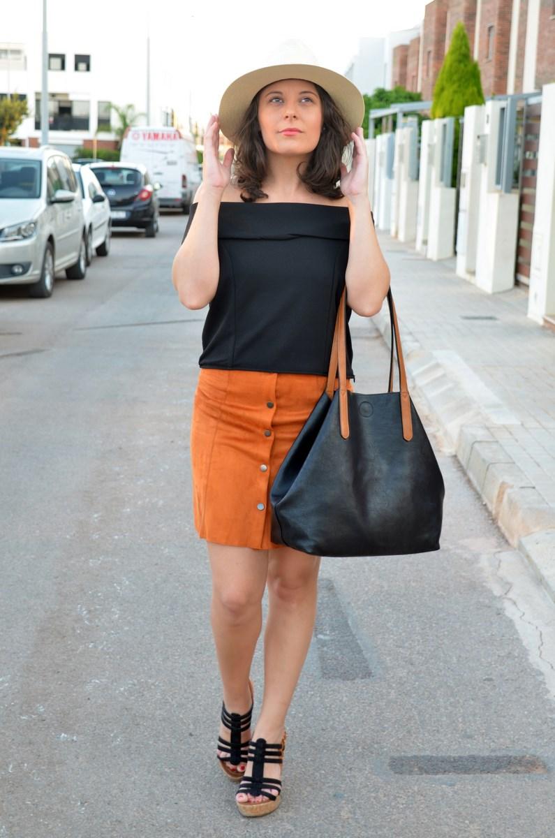 Falda abotonada y top escote bardot_look_mivestidoazul (4)