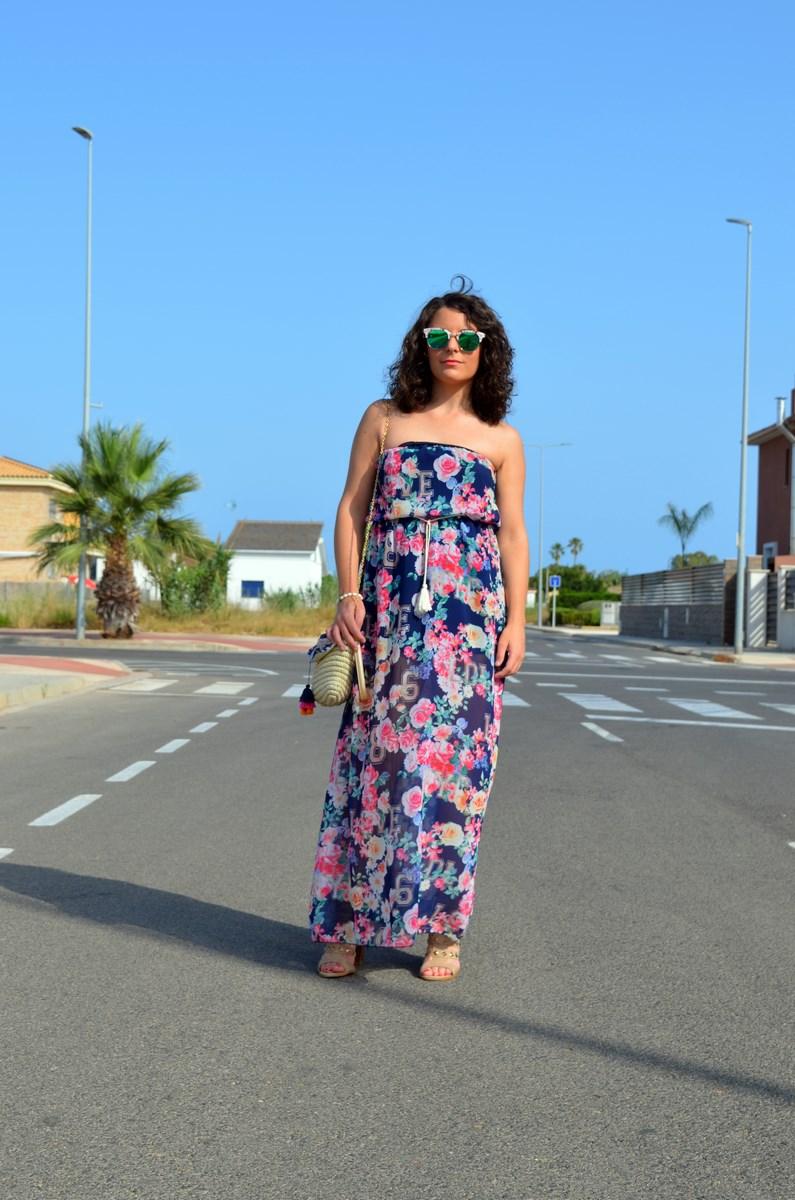 Maxi vestido de flores y clutch de Kbas_look_mivestidoazul (1)