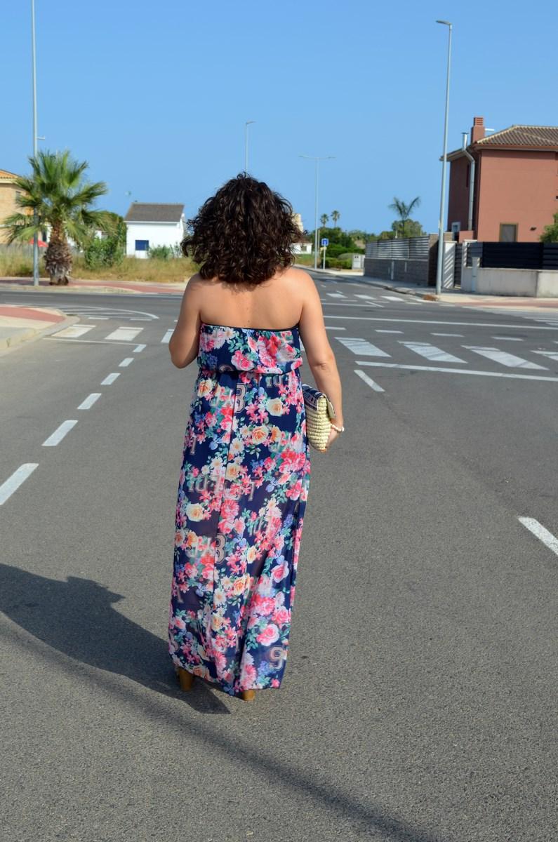 Maxi vestido de flores y clutch de Kbas_look_mivestidoazul (4)