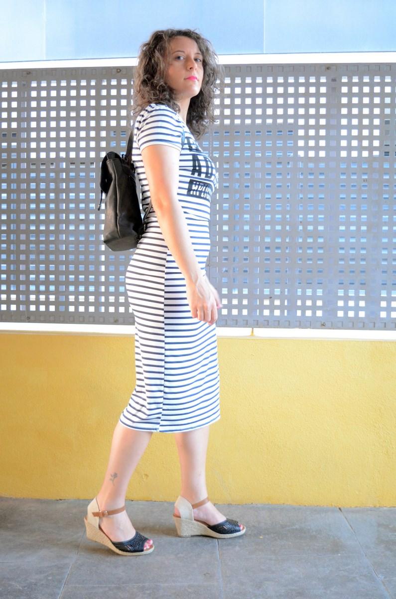 Otro maxi vestido de rayas_tendencias_,maxivestidos_streetstyle_fashionblogger_look_mivestidoazul (3)