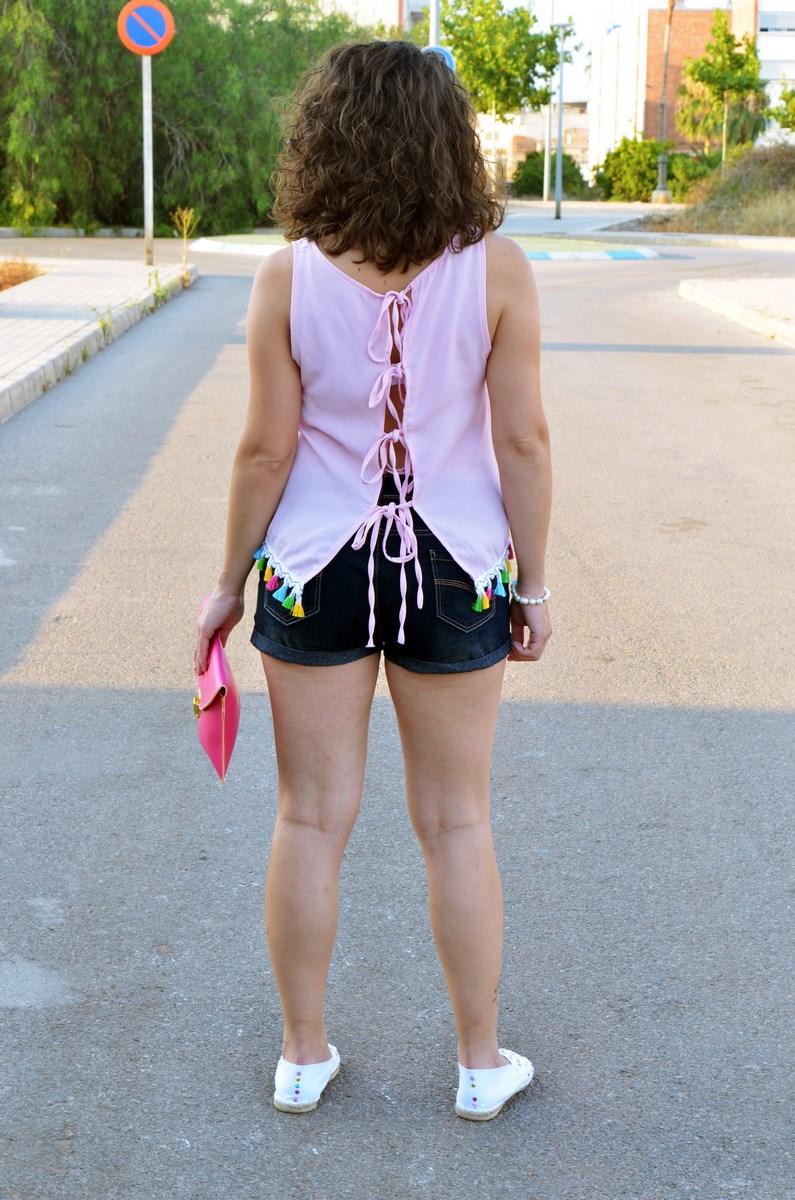 Pompones_Lentejuelas_colores_look_streetstyle_fashionblogger_mivestidoazul (5)