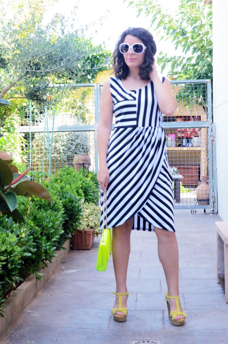 Vestido de rayas y amarillo fluor_looks_mivestidoazul (11)
