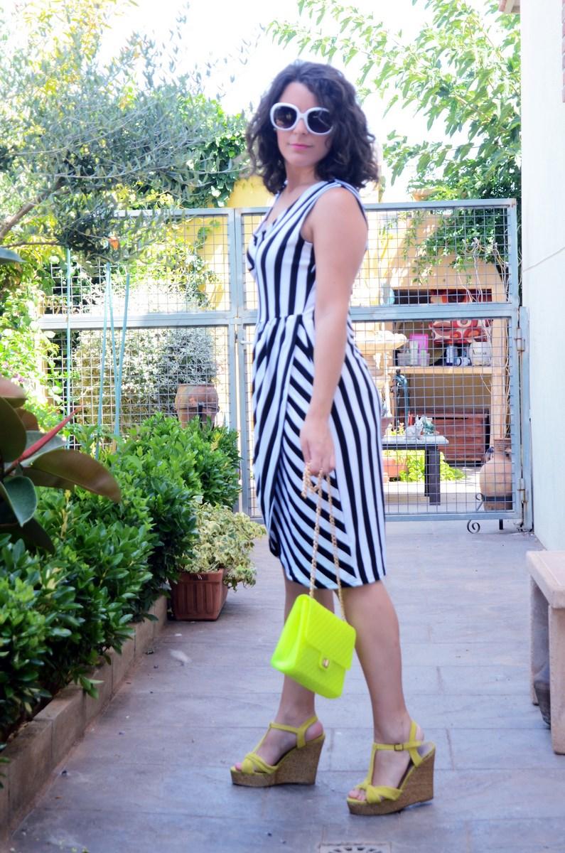 Vestido de rayas y amarillo fluor_looks_mivestidoazul (12)