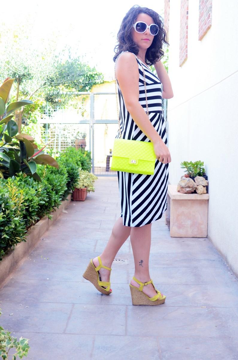Vestido de rayas y amarillo fluor_looks_mivestidoazul (6)
