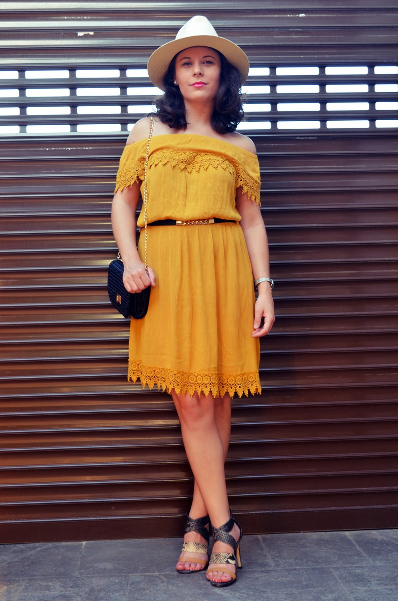 Vestido mostaza crochet look streetstyle fashion blogger mi vestido azul friendsfluencers (14)