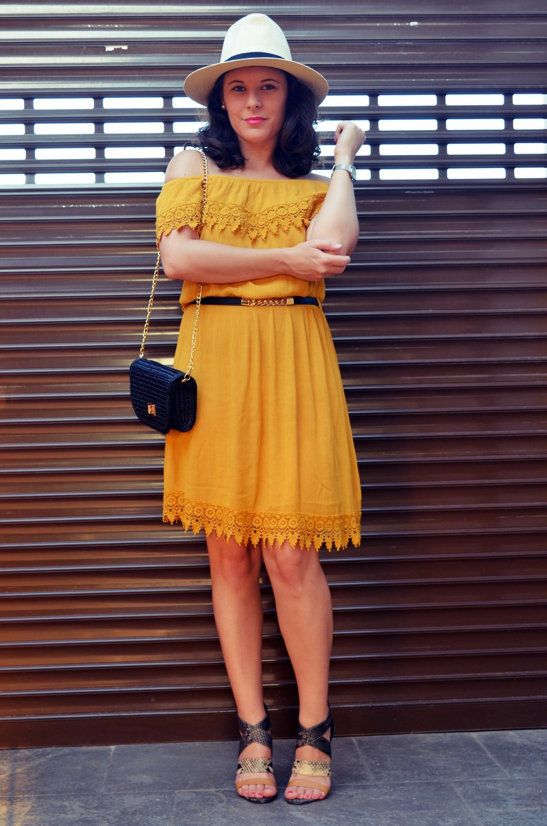 Vestido mostaza crochet look streetstyle fashion blogger mi vestido azul friendsfluencers (17)