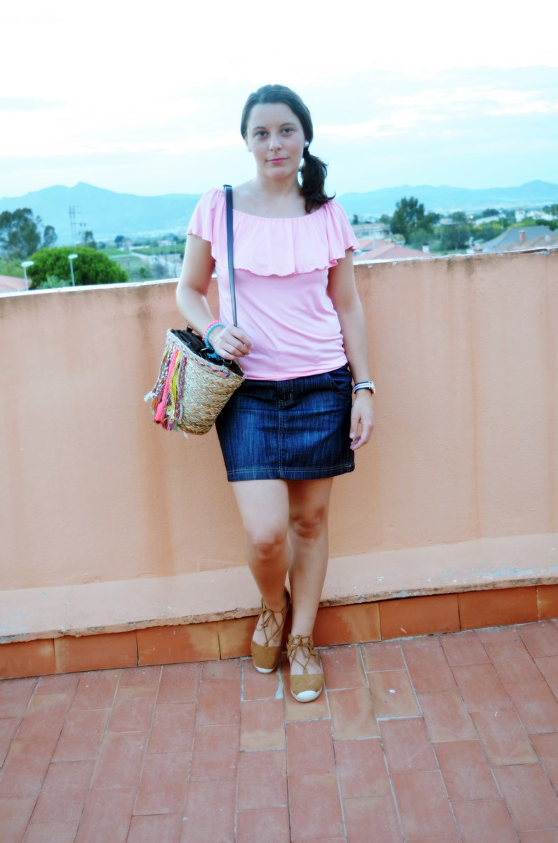 Camiseta rosa y mini capazo_look_verano_fashionblogger_mivestidoazul (2)