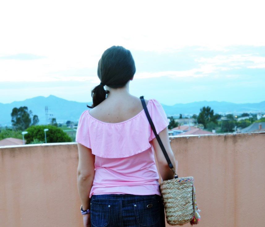 Camiseta rosa y mini capazo_look_verano_fashionblogger_mivestidoazul (5)