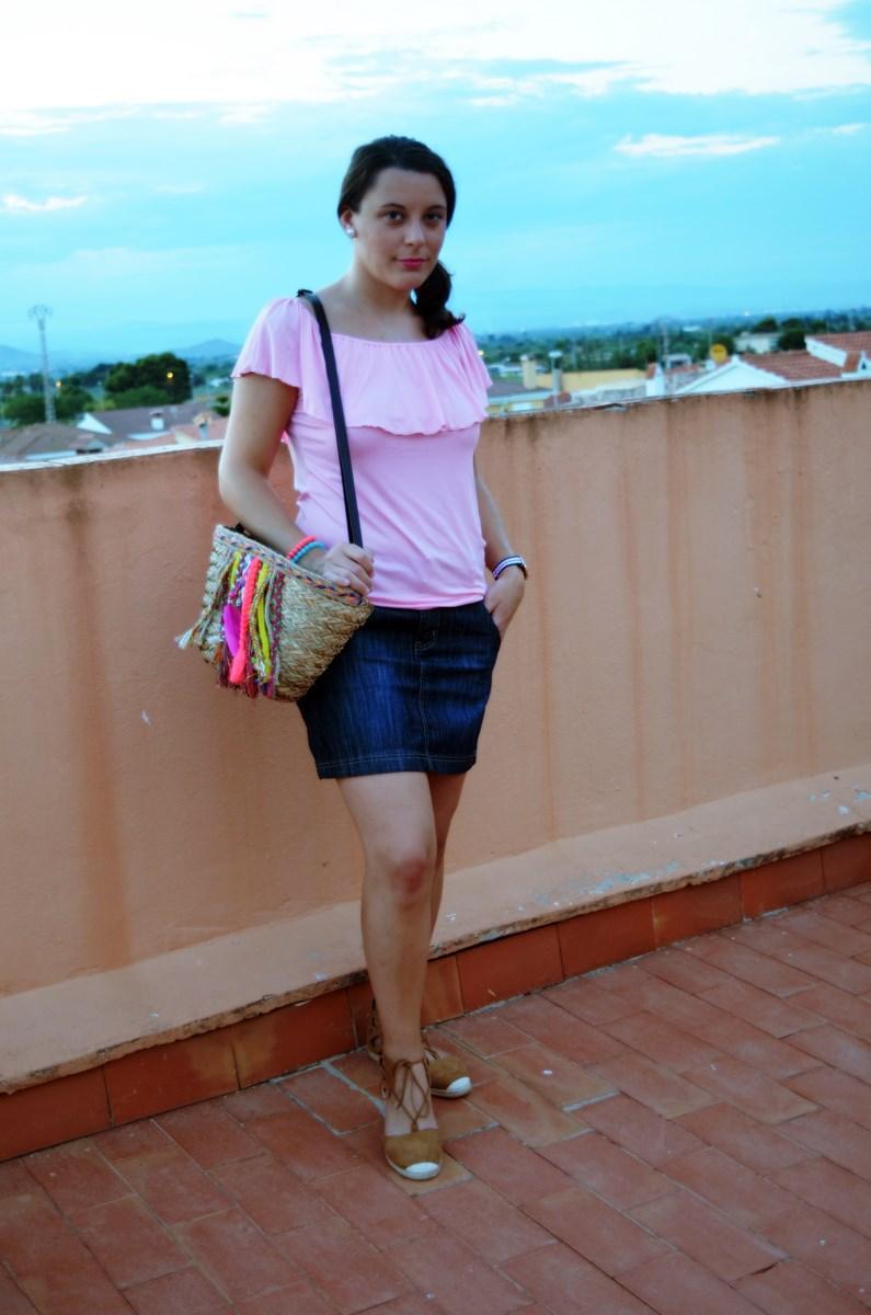 Camiseta rosa y mini capazo_look_verano_fashionblogger_mivestidoazul (6)