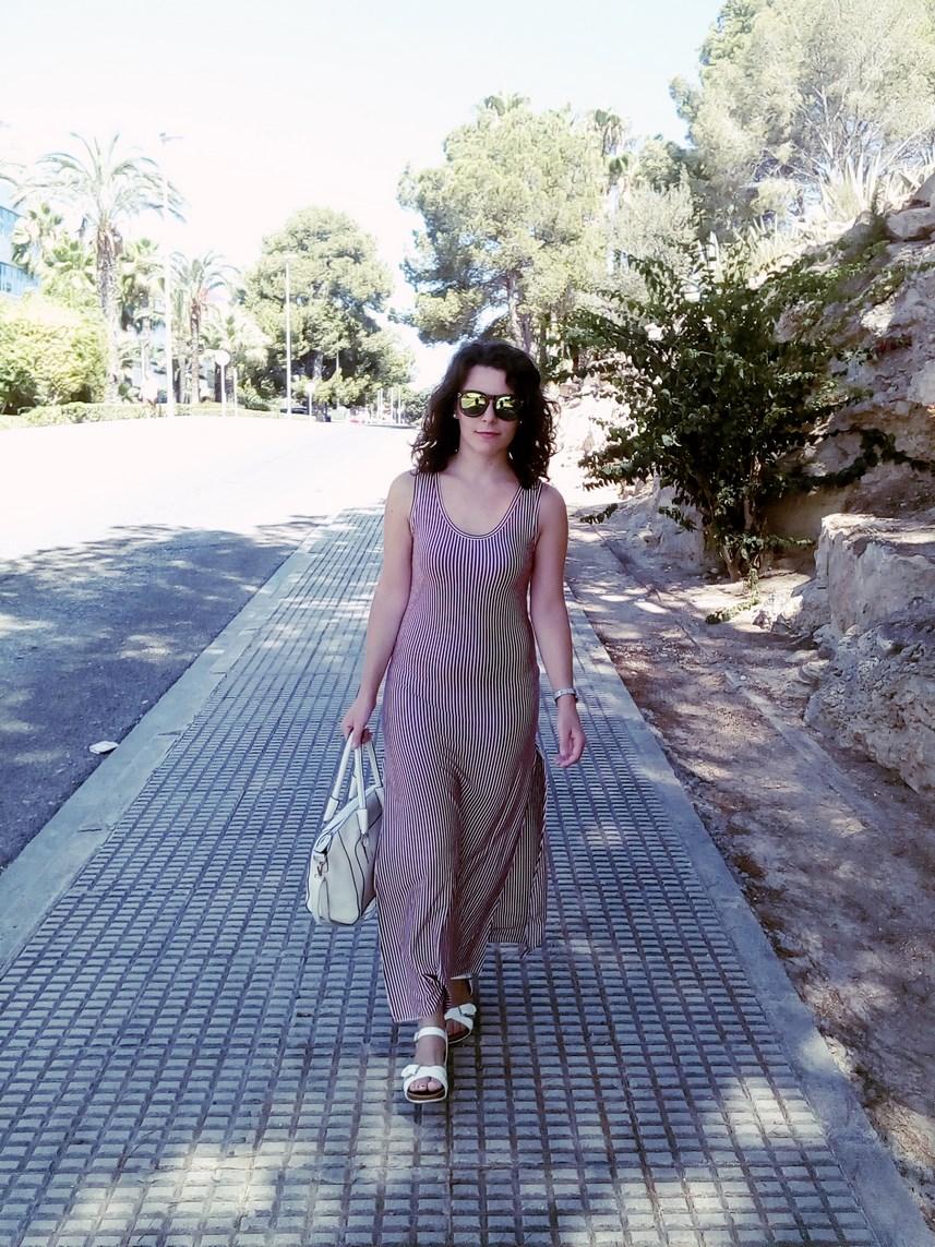 Maxi vestido con oberturas laterales _estampado rayas_ look_outfit_verano_mivestidoazul (9)