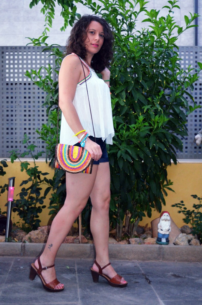 Top crochet_look_streetstyle_summer_mivestidoazul (1)