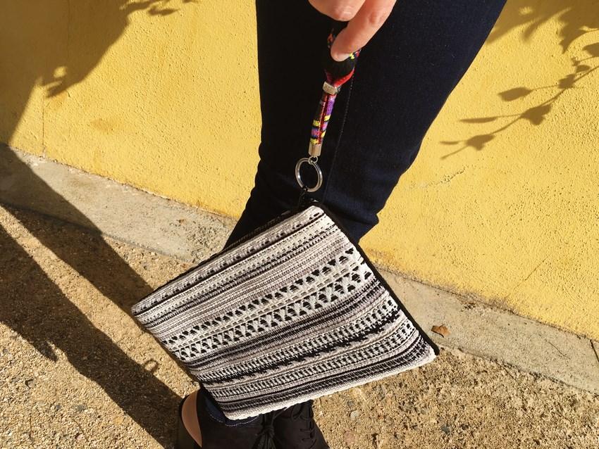 look_bomber_y_ccamiseta_cordones_streetstyle_fashionblogger_blogdemoda_castellon_mivestidoazul-13