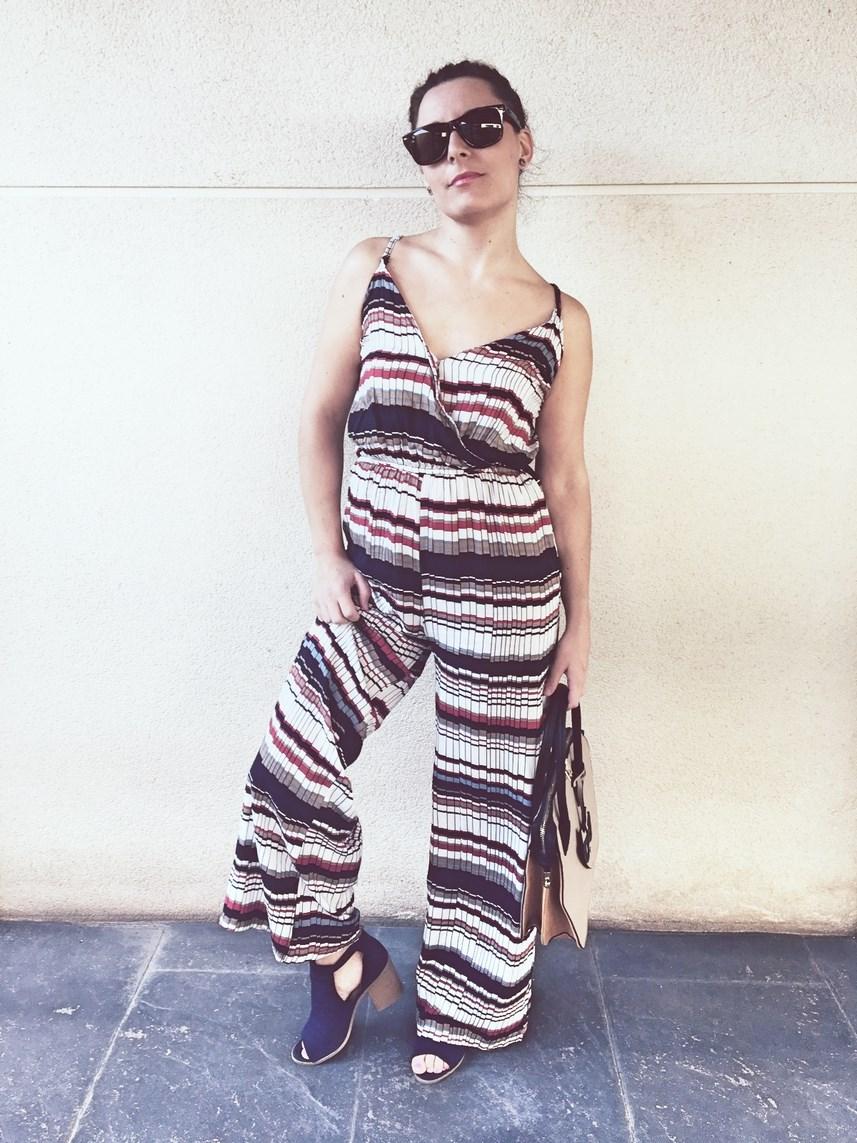 look_mono_rayas_streetstyle_fashionblogger_influencer_blogdemoda_castellon_friendsfluencers_mivestidoazul-6