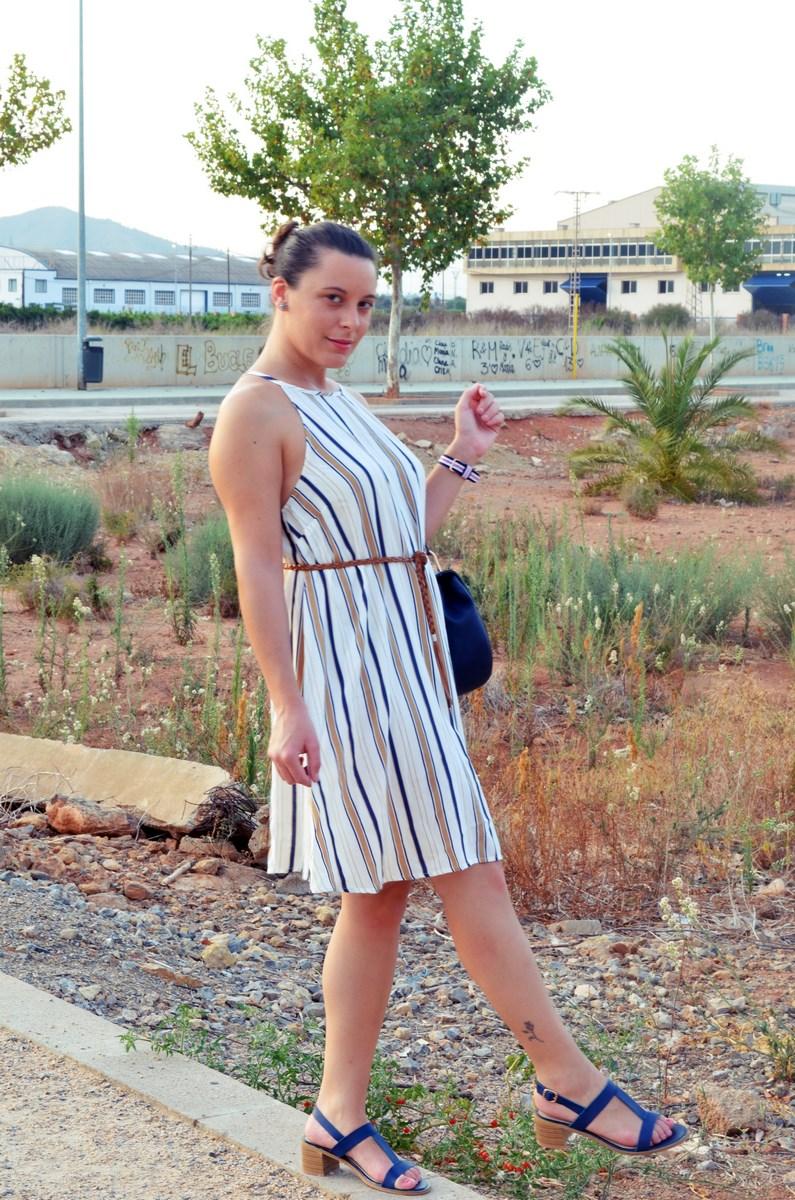 Look_vestido de rayas azul y camel_streetstyle_mivestidoazul (11)
