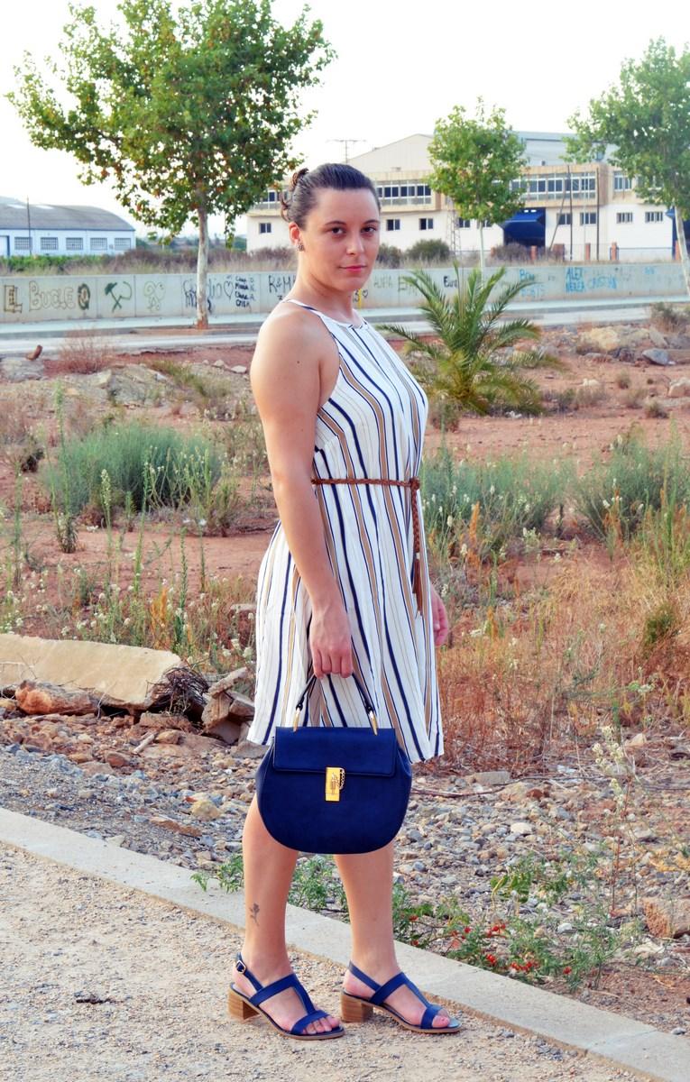 Look_vestido de rayas azul y camel_streetstyle_mivestidoazul (4)