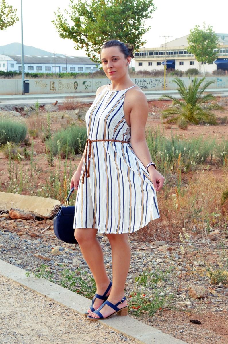 Look_vestido de rayas azul y camel_streetstyle_mivestidoazul (9)