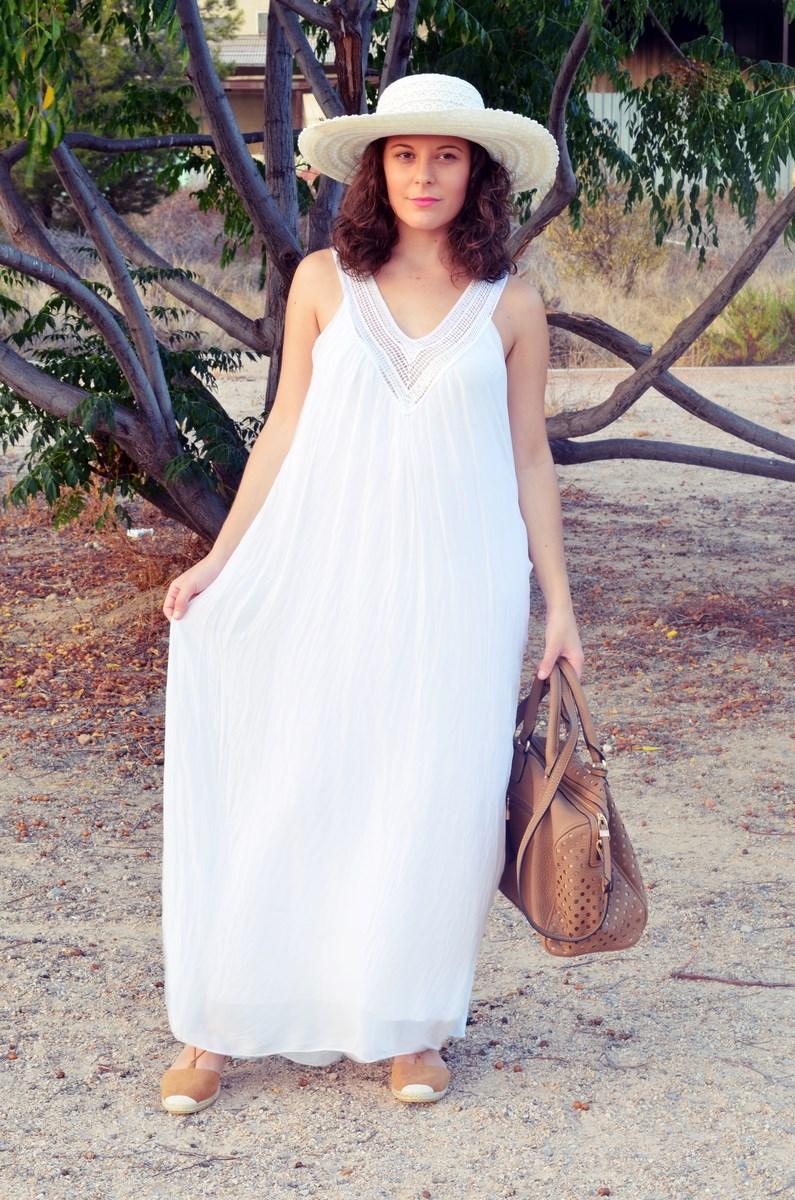 Vestido largo blanco de seda_streetstyle_bloggerscastellon_fashionblogger_mivestidoazul (3)